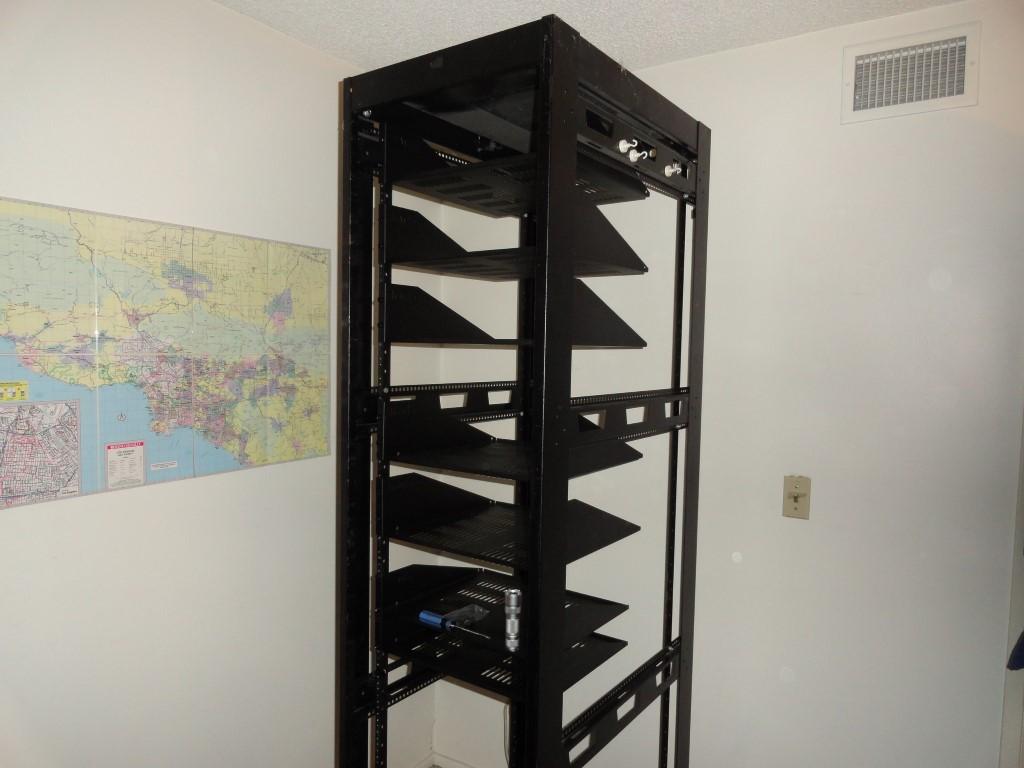 Installed the shelves thanks to Gator Rackworks