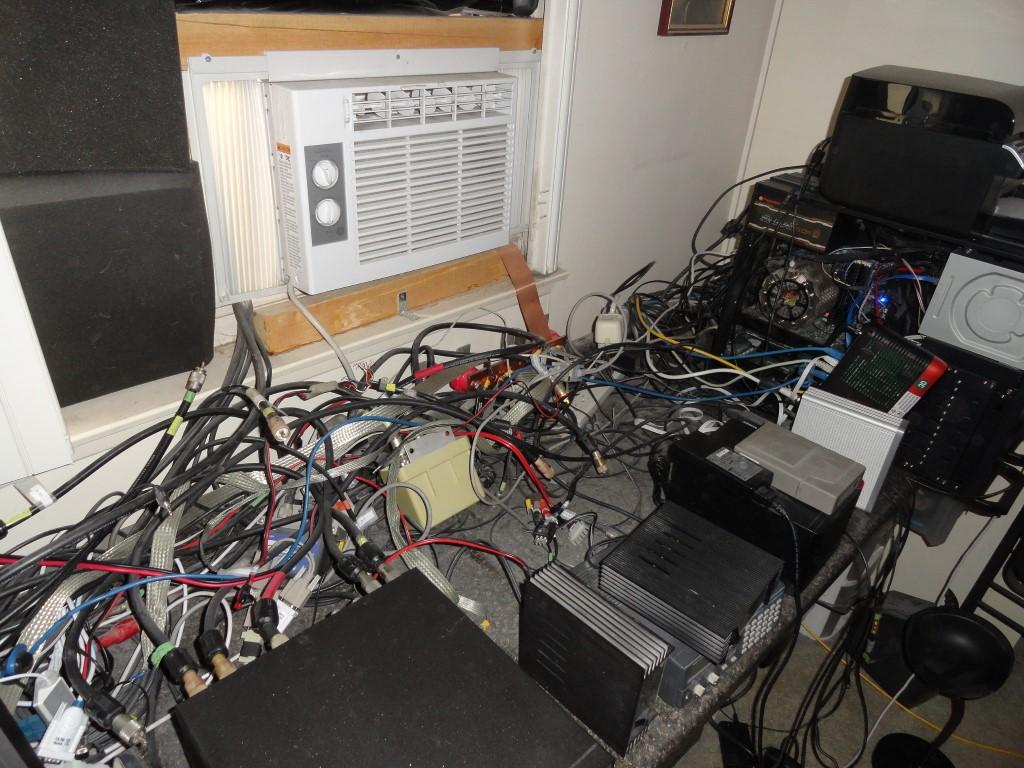 Cabling rats nest